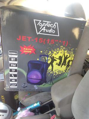 Bodina amplificada for Sale in Detroit, MI