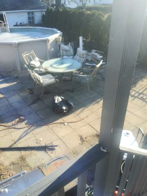 Big pool and hot side table for Sale in Rutherford, NJ