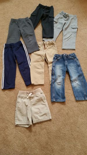 $6 toddler boy's pants and shorts for Sale in Murrieta, CA