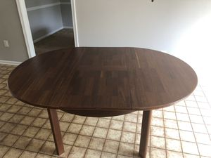 Kitchen Table with extension leaf for Sale in Sterling, VA
