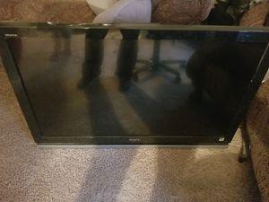 Sony Bravia 40 inch TV for Sale in Glenarden, MD