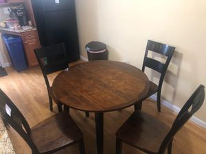 Cherry & Black 5 Piece Drop Leaf Dining Set for Sale in New Rochelle, NY
