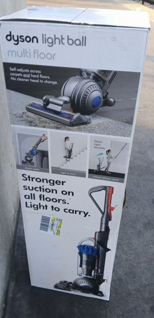 Dyson Lite Ball Multi Floor Vacuum for Sale in Long Beach, CA