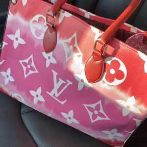 LV Escale NEverFull for Sale in Houston, TX