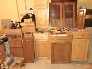 Kitchen cabinets $20 each for Sale in Portland, OR