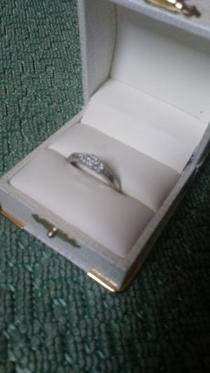 10k white gold with diamond's size 9 for Sale in Quincy, IL