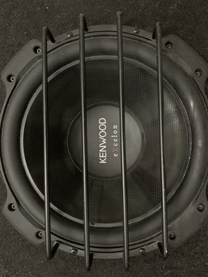 Kenwood 12in subwoofer with box plus 2 Amplifiers for Sale in Miramar, FL