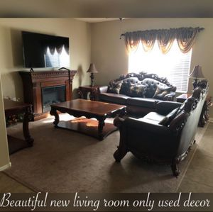 Gorgeous gently used living room set selling only as a set !other message n offers will be Ignored for Sale in Laveen Village, AZ