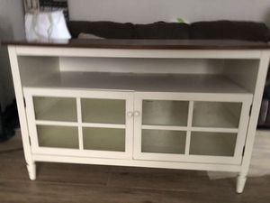 Tv stand with matching side table for Sale in Sunnyvale, CA