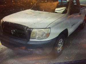 2005 Toyota Tacoma auto 139k Miles ac 2wheel dr runs and drives excellent for Sale in West Haven, CT
