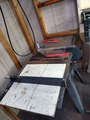 10' Craftsman table saw for Sale in Spring Hill, FL