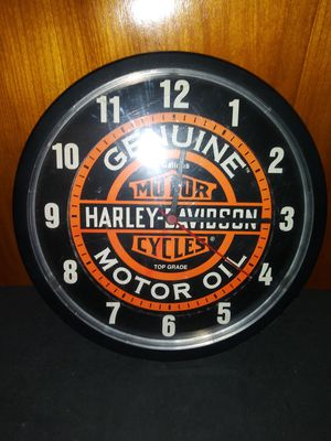 Harley Davidson Wall Clock Motor Oil for Sale in Pulaski, TN