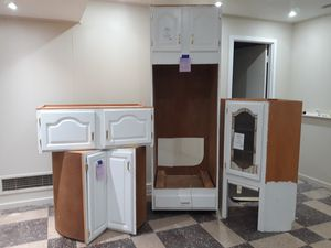 White Kitchen Cabinets, Pantry, and Lazy Susan 6pcs $50 for ALL! for Sale in Baltimore, MD