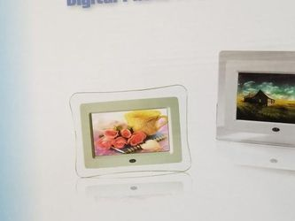 DIGITAL PHOTO FRAME BLACK for Sale in Glendale Heights,  IL
