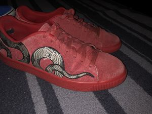 Pumas size 8.5 Vans size 9.5 for Sale in Spring, TX