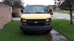 2005 3/4 Ton Chevy Express Van for Sale in Baton Rouge, LA