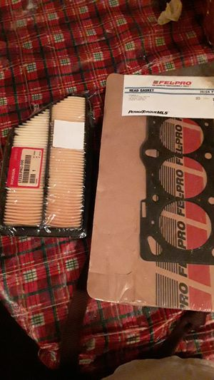 Air filter and head gasket for Sale in Tacoma, WA