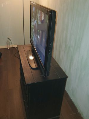 42in t.v and stand for Sale in Largo, FL