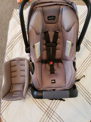 Car seat Evenflo for Sale in Greenville, SC