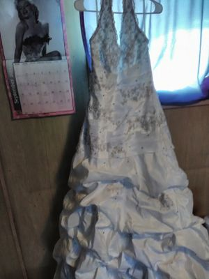 Wedding dress for Sale in Lakeland, FL