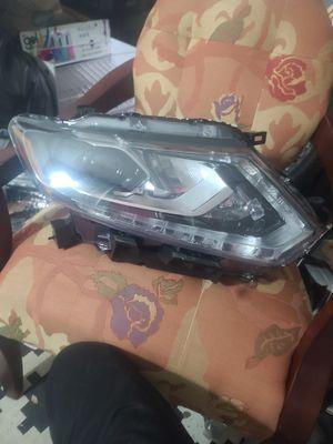 2016 rogue rh headlight led for Sale in Arlington, TX