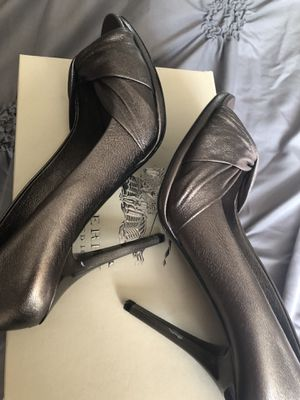 Burberry gray shoes size 8 for Sale in Broomfield, CO