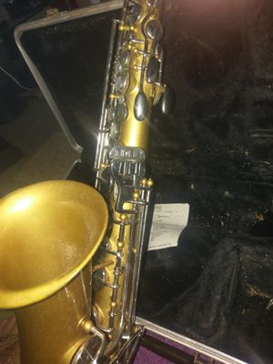 Bundy by Selmer saxophone vintage nice for Sale in Centennial, CO