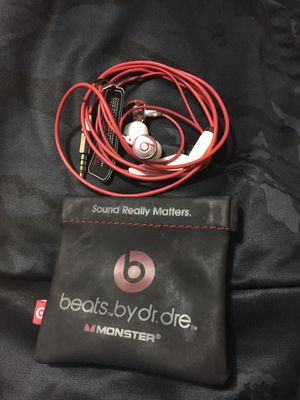New beats by Dr. Dre earbuds for Sale in Hermitage, TN