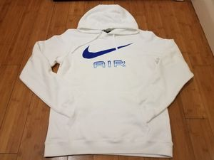 Nike hoodie size M for Men for Sale in East Compton, CA