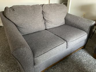STILL AVAILABLE Love seat/ small couch for Sale in Silver Spring,  MD