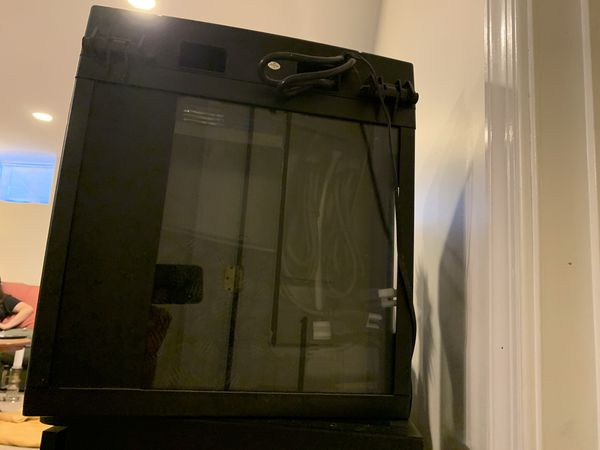 Biocube 32 gallon with coralife stand and 100w Aquarium Heater