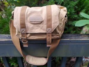Bestek DSLR Camera Shoulder Bag with Shockproof Insert for Sale in Silverdale, WA