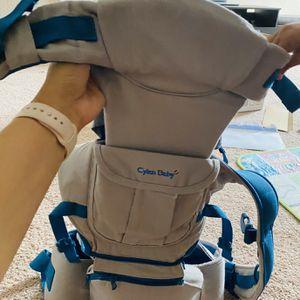 Baby Carrier for Sale in Zephyrhills, FL