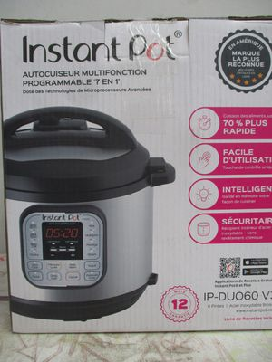 Instant Pot DUO60 6 Qt 7-in-1 Multi-Use Programmable Pressure Cooker, Slow Cooker, Rice Cooker, Steamer, Sauté, Yogurt Maker and Warmer for Sale in Clinton, UT