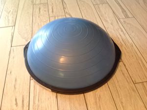 Full size Bosu ball ONLY $50. ..... FIRM PRICE = NO OFFERS for Sale in Tempe, AZ