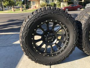 ProComp 34 Series Rockwell 20x9 w/ ProComp MT2 for Sale in Culver City, CA