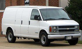 Parting out 2002 chevy express 3500 for Sale in Los Angeles, CA