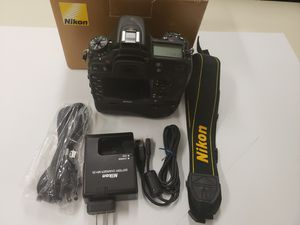 Nikon D7100 24.1 MP Digital SLR camera body with battery grip low shutter count 4,287 for Sale in Houston, TX