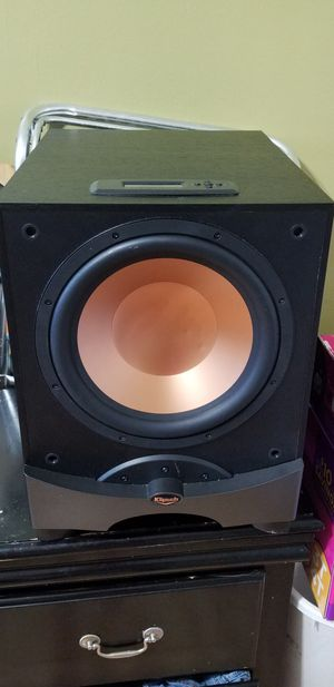 digitally control subwoofer 12 in also klipsch 100 watt model cv25 also klipsch 100 watt model sc1 all together for 300 dollars for Sale in Jersey City, NJ