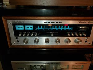 Marantz 2250 and 1020 for Sale in Poulsbo, WA