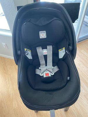 Peg Perego Car Seat and Base for Sale in Peoria, AZ
