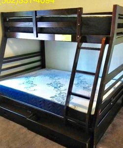 Twin/full Expresso Bunkbed w. Orthopedic Mattresses included for Sale in Fresno,  CA