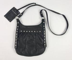 082bfbdb1629 Juicy Couture Women s Black Leather Satchel Zip Magnet Shoulder Bag Handbag  Purse for Sale in Anaheim