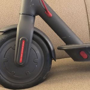 Electric Scooter 18.5 mph Bird M365 Xiaomi for Sale in Pasadena, CA