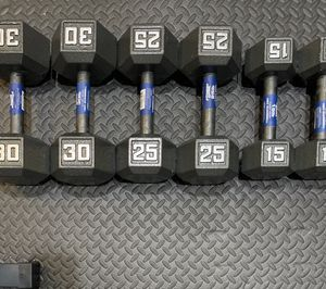 🔥Brand New🔥 Cast Iron Dumbbells Set (120lbs total)🔥 for Sale in Miami, FL