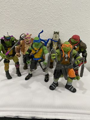 Teenage Mutant Ninja Turtles Out of the shadows 11 inch Action Figures for Sale in St. Petersburg, FL