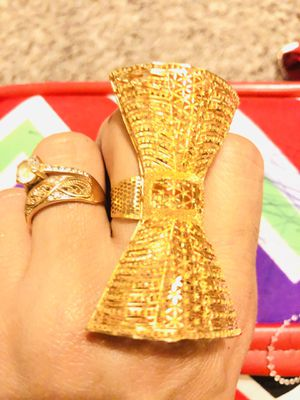 21k/880 gold ring 12,800 grams it's very nice ring for Sale in Dixon, CA