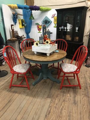 Table&Chairs for Sale in Miles, TX
