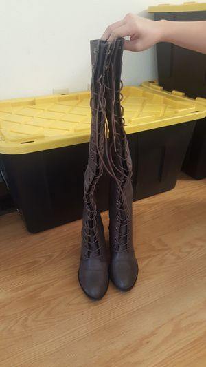 LEATHER THIGH HIGH BOOT for Sale in Beaverton, OR
