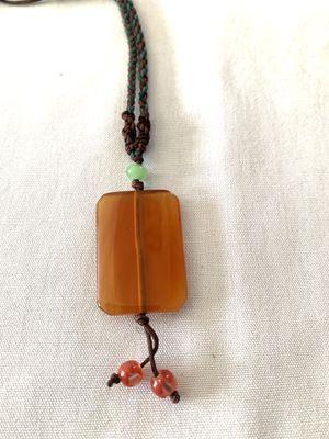 """NEW AMBER/JADE STONE NECKLACE, UP TO 18"""" long for Sale in Wilkes-Barre, PA"""